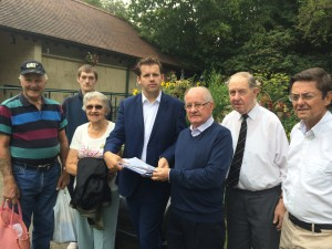 Hundreds sign Weston toilets petition